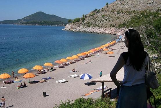 Crna Gora očekuje milijardu evra prihoda od turizma